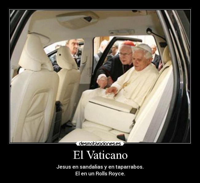 Como lava plata el Vaticano