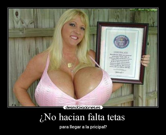 Mujer amateur con grandes tetas - Canalpornocom