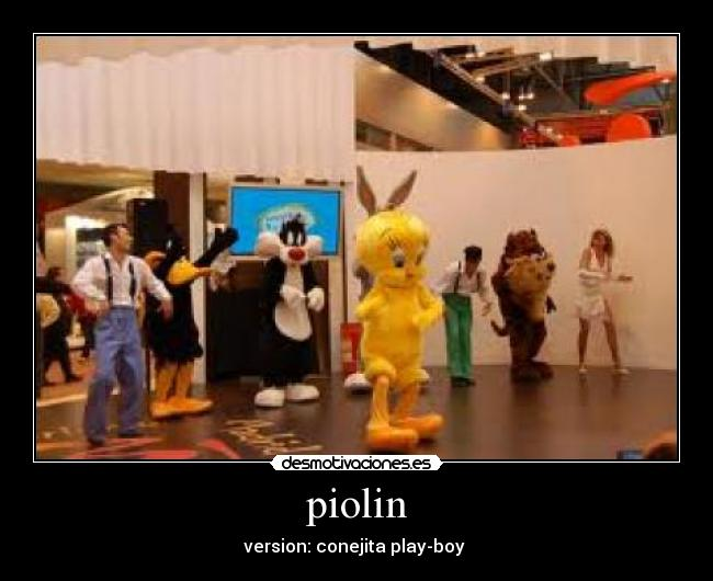 piolin - version: conejita play-boy