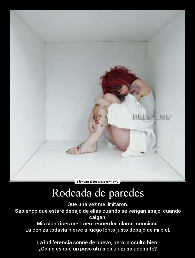 carteles clanvirus rodeada paredes creed thousand faces desmotivaciones