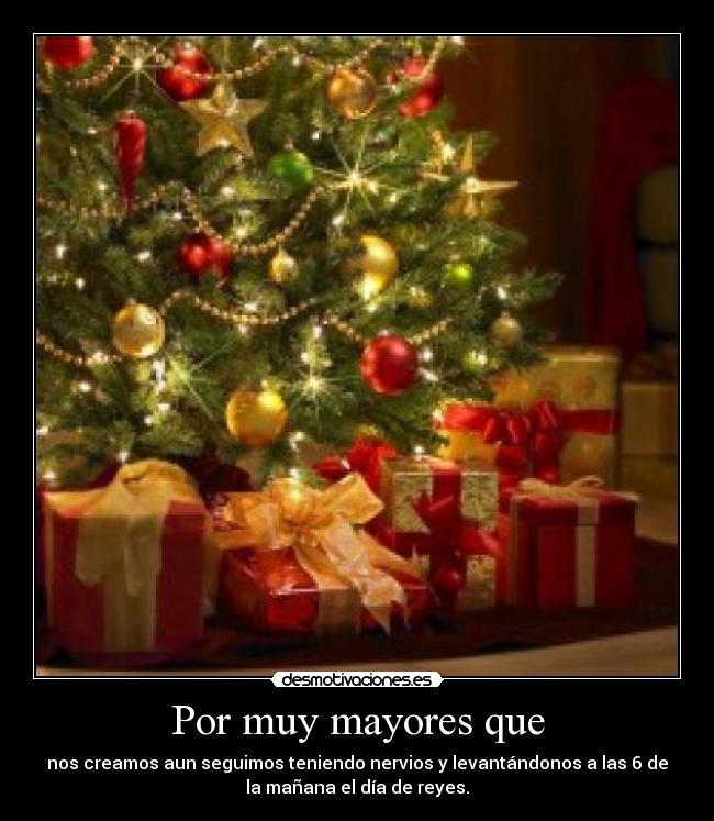 Por muy mayores que desmotivaciones - Arbol de navidad con regalos ...