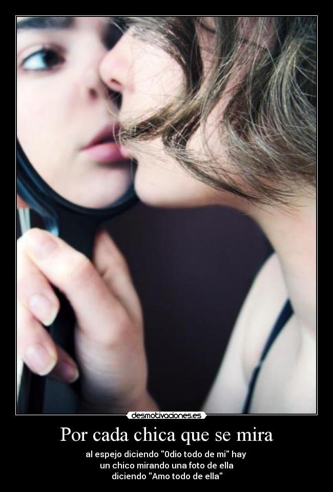 Chica es cumming mientras mira a un chico masturbarse