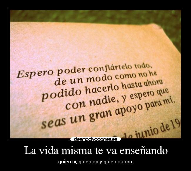 http://img.desmotivaciones.es/201312/carteles-vida-amor-amistad-desmotivaciones.jpg