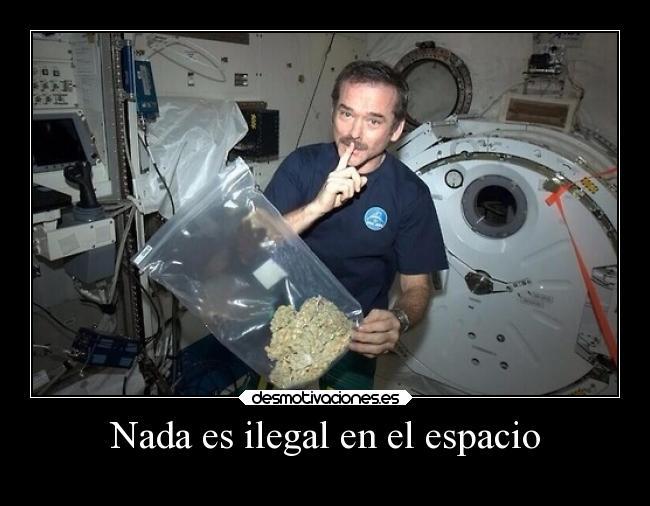 carteles humor marihuana espacio desmotivaciones