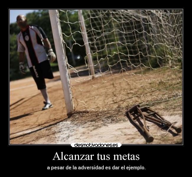 http://img.desmotivaciones.es/201406/futbol-vida-desmotivaciones.jpg