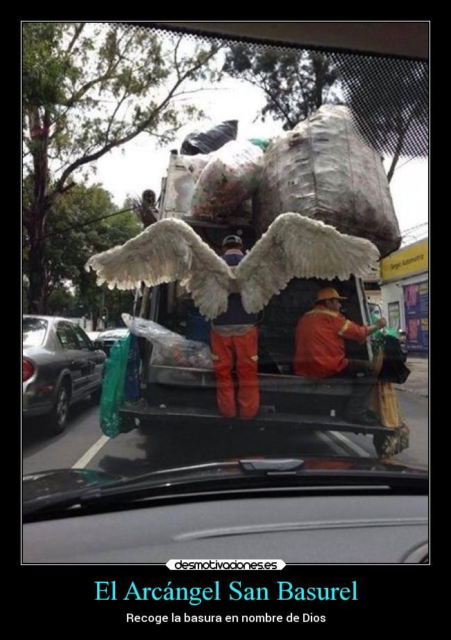 carteles dios facebook humor arcangel juega los dados esquisde desmotivaciones