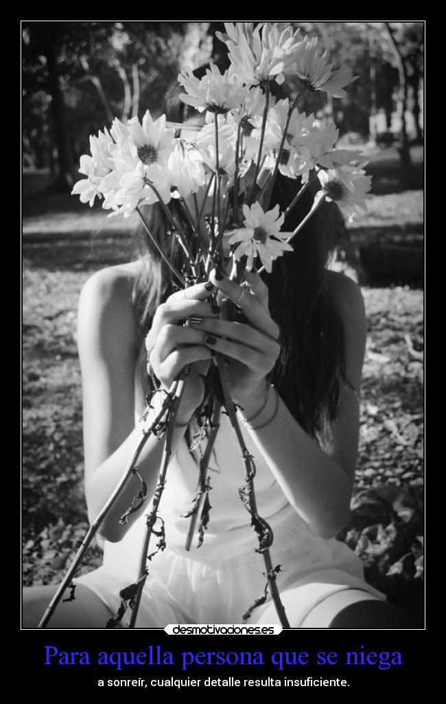 carteles sonrisa vida sin negarse mels detalles flores desmotivaciones